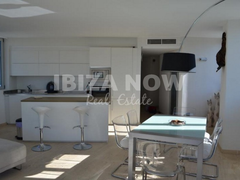 Bright 2 bedroom apartment for sale close to Marina Botafoc, Ibiza