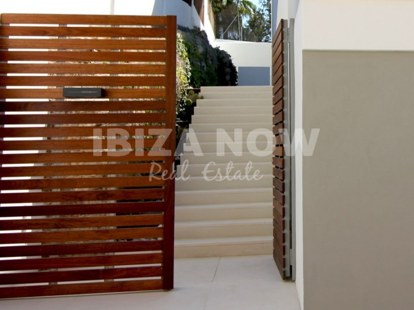 Modern ground floor apartment for sale in Illa Plana, Ibiza