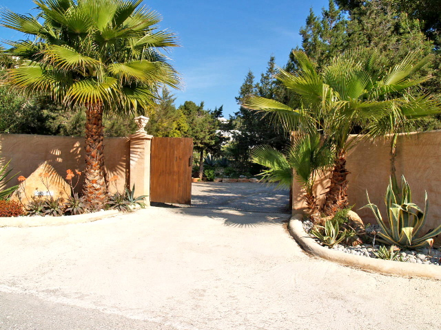 Unique frontline property for sale in Cala Jondal, Ibiza