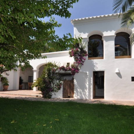Beautiful authentic finca for sale close to San Lorenzo, Ibiza