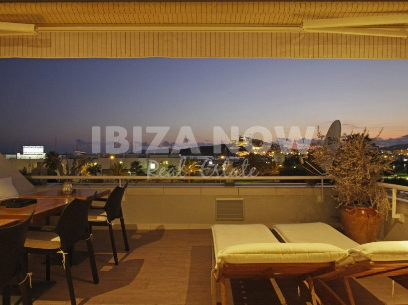 Apartment located on first line in Marina Botafoc , Ibiza