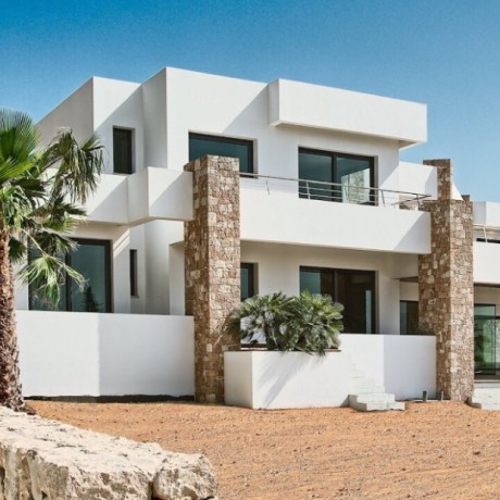 Wonderful 8 bedroom villa for sale close to Ibiza town and beaches