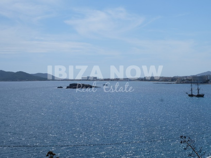 Beautiful 3 bedroom apartment for sale close to Ibiza town