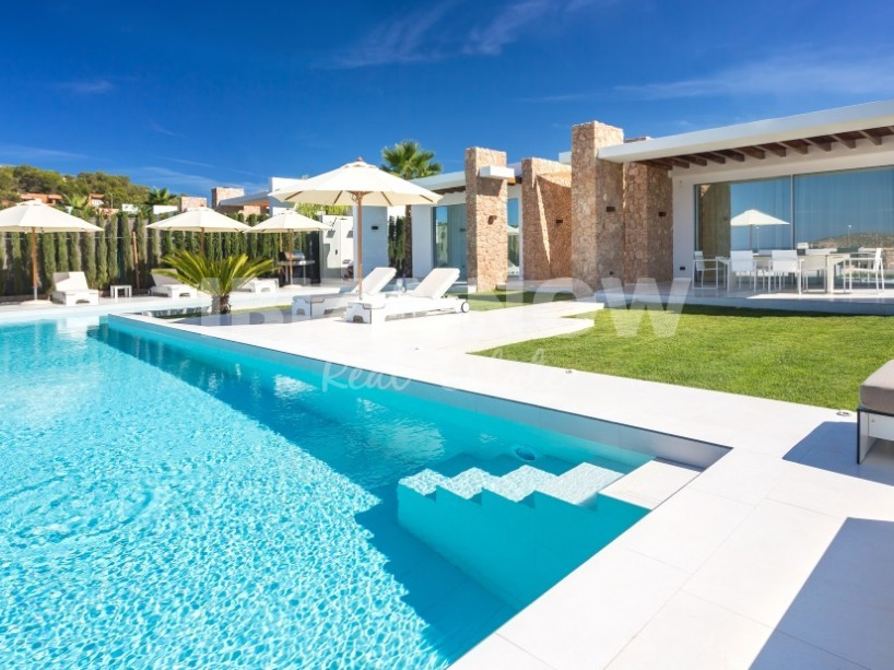 Luxurious 6 bedroom villa for sale in Cala Conta, Ibiza