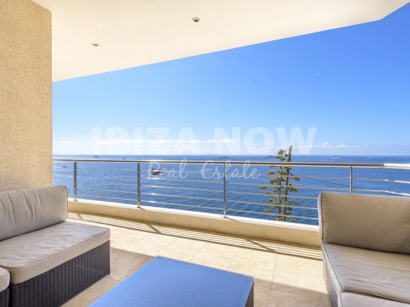 Beautiful apartment for sale close to Ibiza town.