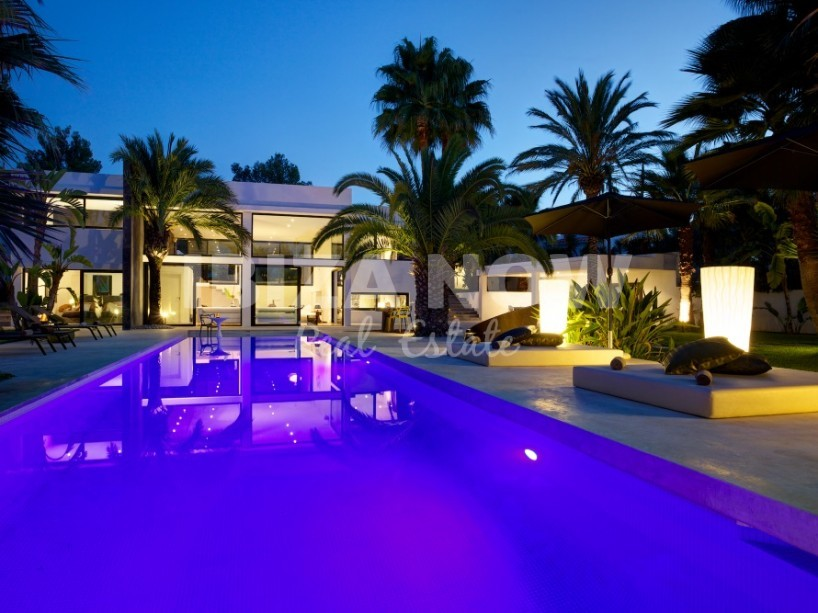 Modern villa with 5 bedrooms in San Augustin, Ibiza