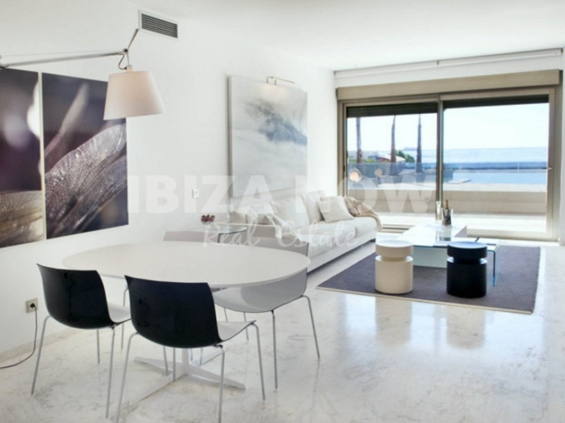 Large 3 bedroom apartment for sale in Royal Beach complex, Ibiza