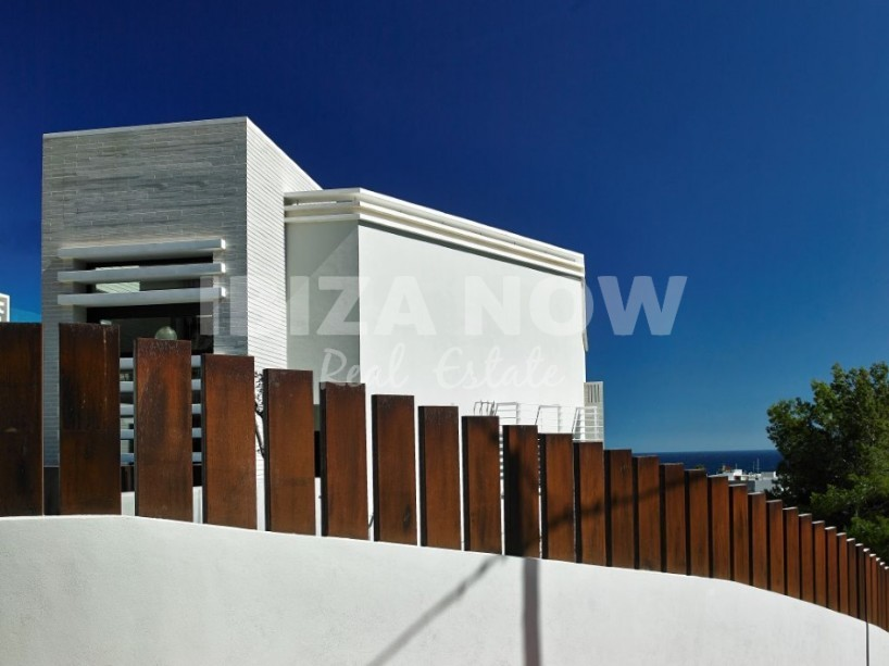 Nice modern 5 bedroom house for sale in Santa Eularia, Ibiza