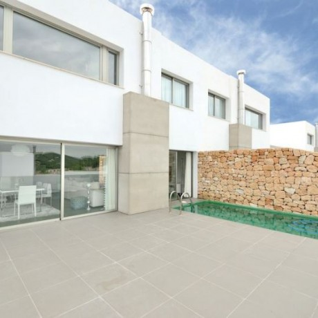 Nice modern townhouse for sale in Roca Lisa, Ibiza.