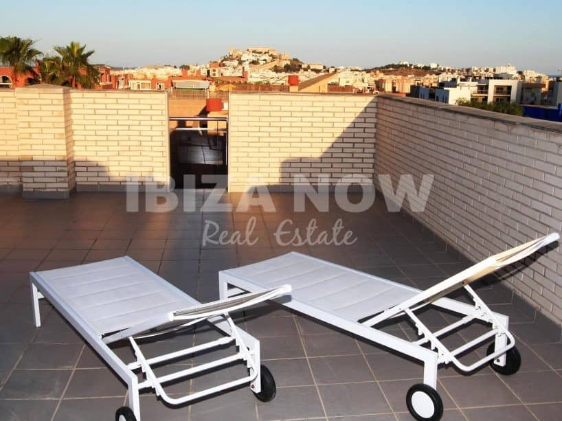Penthouse for sale in close to Ibiza town.