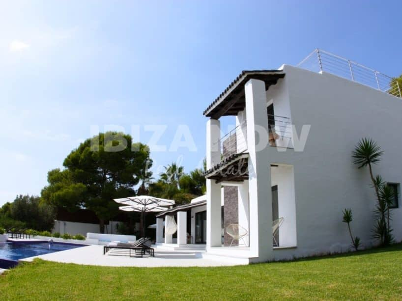 Beautiful modern villa for sale with views to Es Vedra, Ibiza.