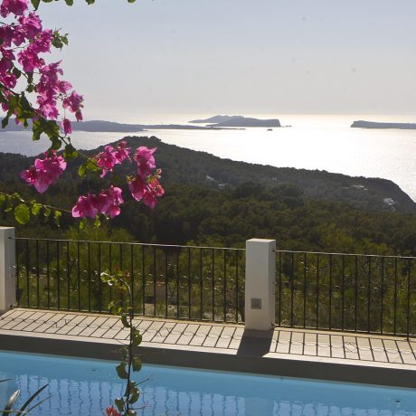 Beautiful villa for sale close to Cala Salada, Ibiza.