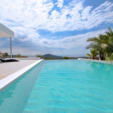 Minimalistic villa for sale in Vista Alegre, Ibiza.