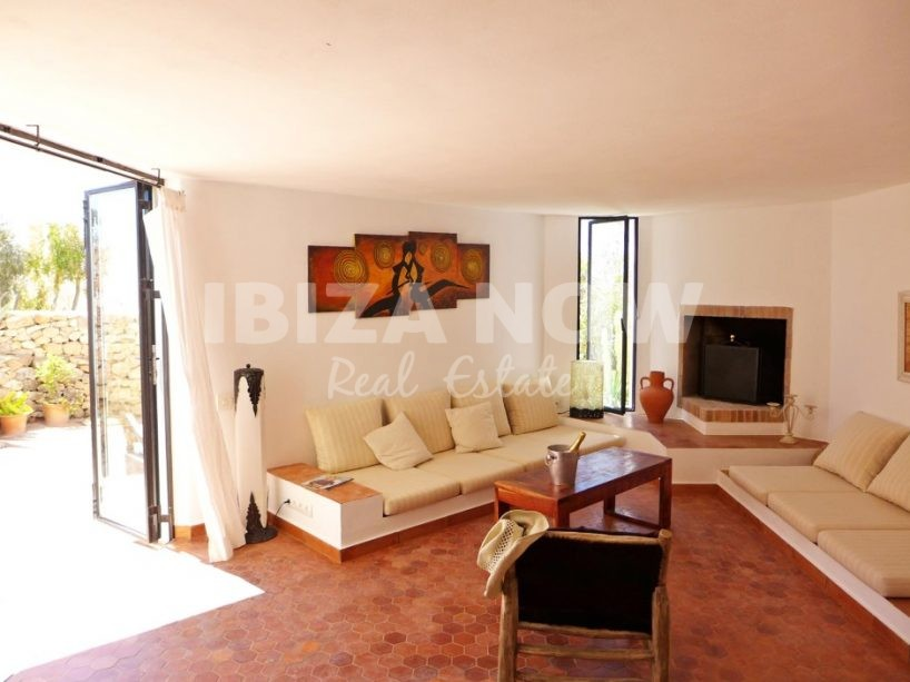 Nice 2 bedroom house for sale in Calo Den Real, Ibiza