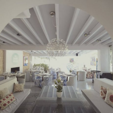 Good functioning restaurant for sale in San Rafael, Ibiza.