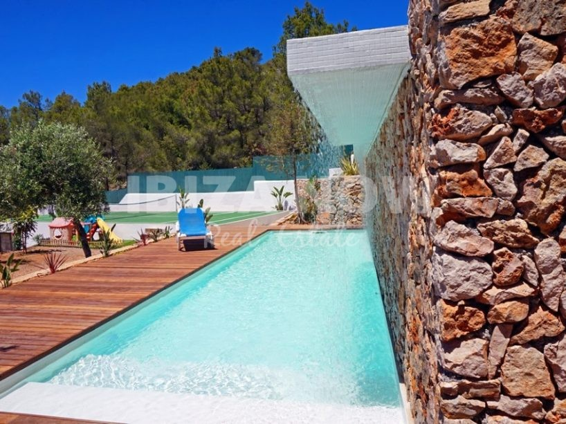 Large modern villa for sale in Cala Salada, Ibiza