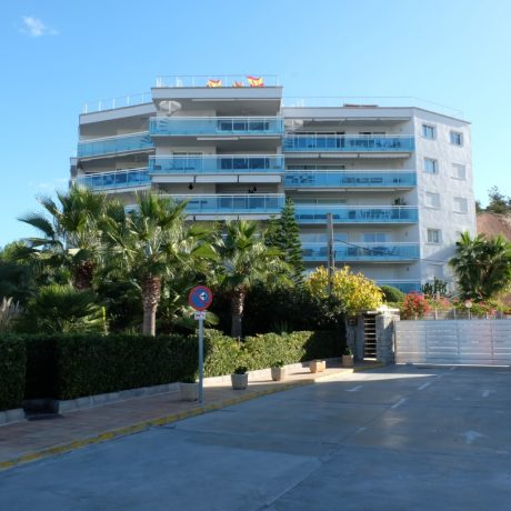 Ground floor apartment for sale in Marina Botafoc, Ibiza.