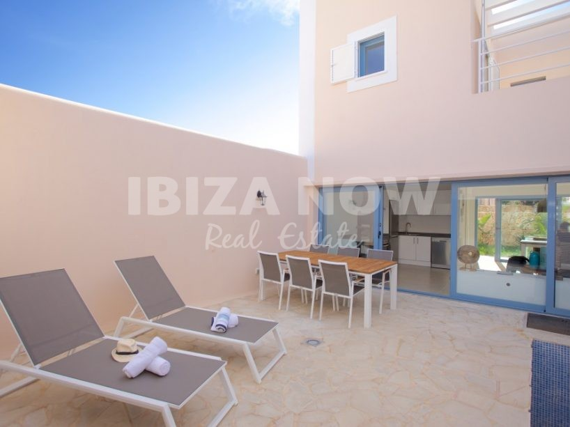 3 bedroom townhouses for sale close to Cala Tarida, Ibiza