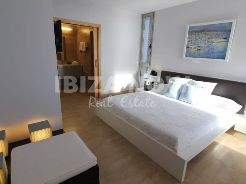 Modern 5 bedroom villa for sale in Sa Carroca, Ibiza