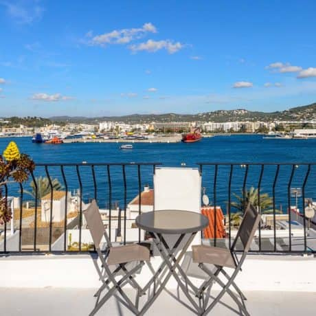 House for sale with 2 bedroom sea view in Ibiza Town