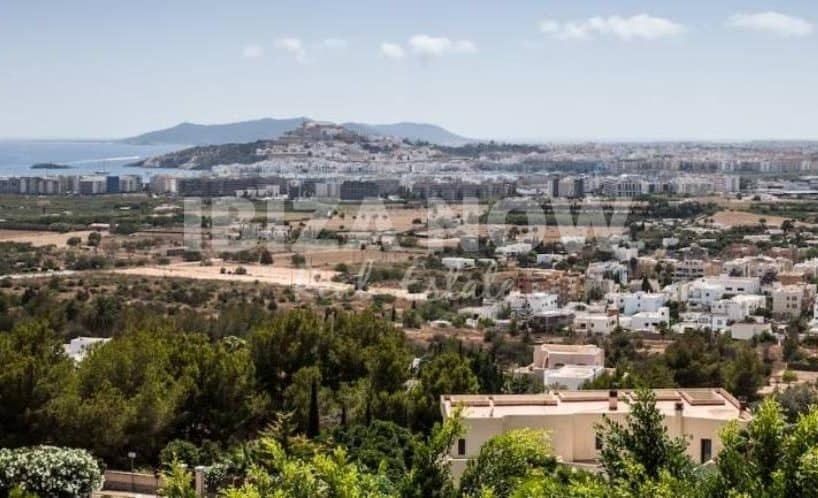 Plot with a license to build a modern villa in Ibiza Town, Ibiza