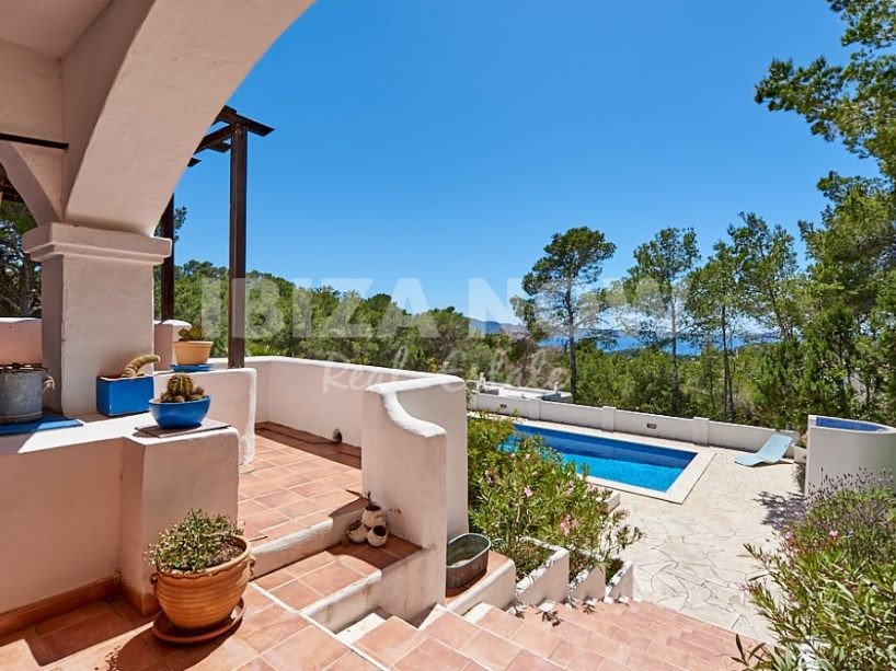 Traditional villa for sale near Cala Salada, Ibiza