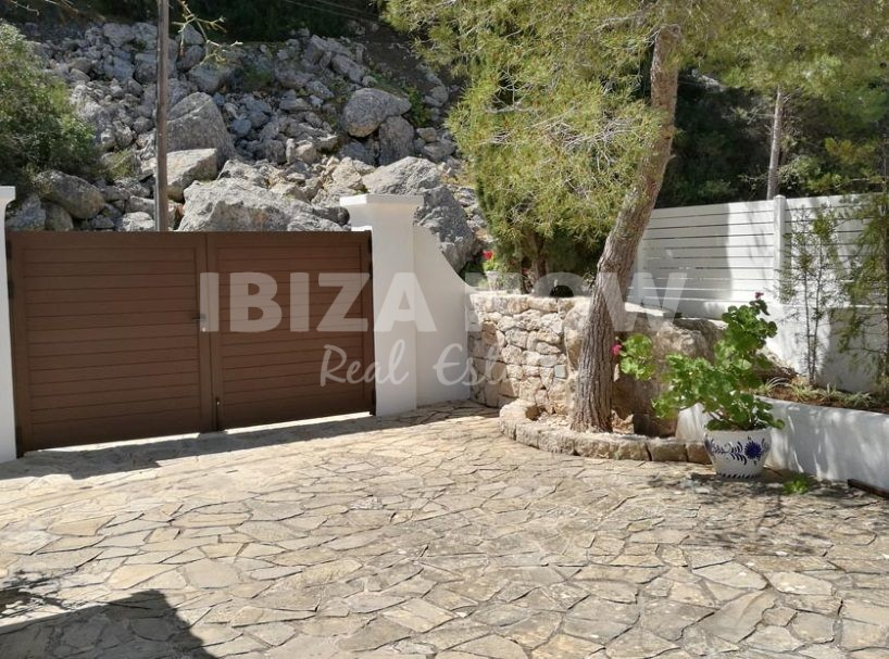 Nice house for sale in the North of Ibiza