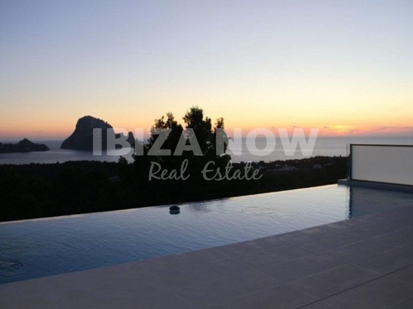 3 bedroom townhouse for sale with views to Es Vedra, Ibiza