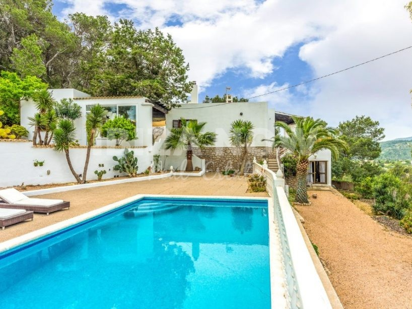 Large 6 bedroom house for sale in San Jose, Ibiza.