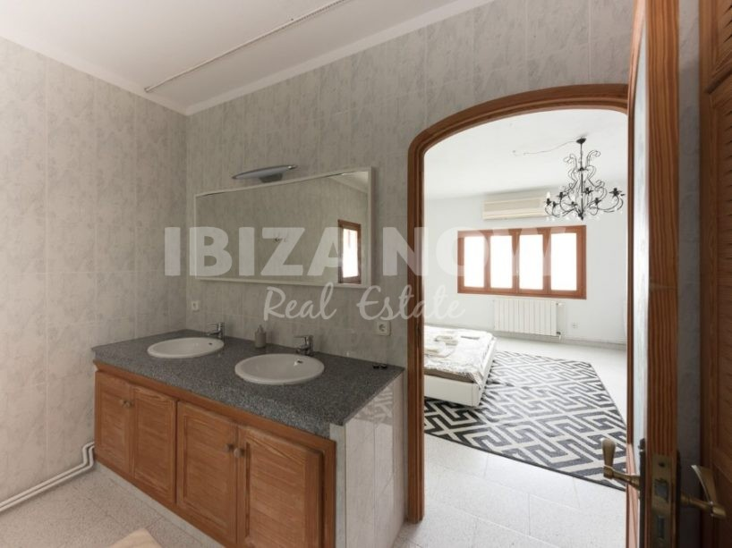 Large 6 bedroom house for sale in San Jose, Ibiza