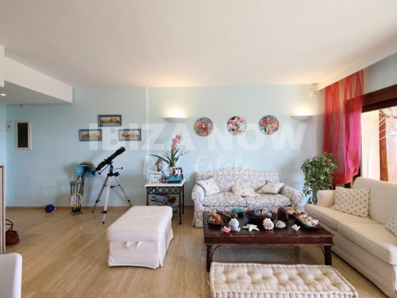 Nice 2 bedroom apartment for sale in Cala Carbo, Ibiza