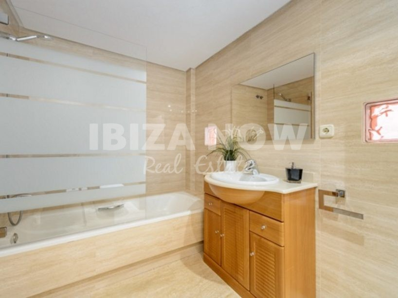 Nice 2 bedroom apartment for sale in Roca Lisa golf, Ibiza