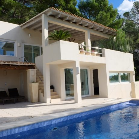 Nice 4 bedroom villa for sale in Cala Gracio, Ibiza.