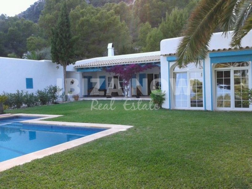 Nice 3 bedroom villa for sale in Es Cubells, Ibiza.