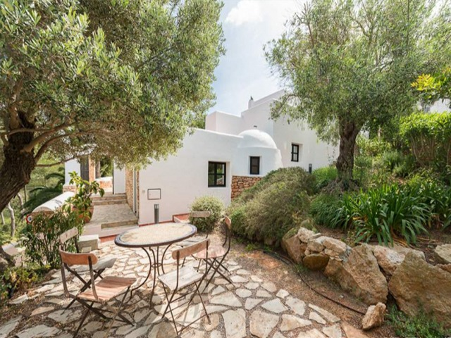 Nice 4 bedroom villa with a rental license for sale in Siesta, Ibiza