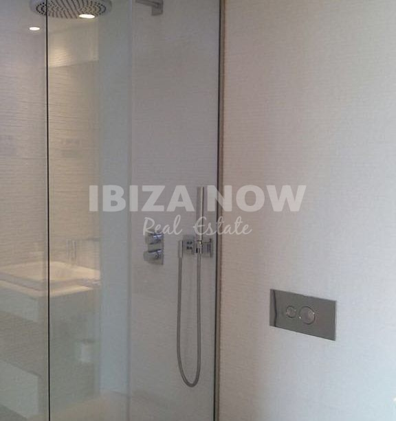 Nice 2 bedroom apartment for sale in The White Angel, Ibiza