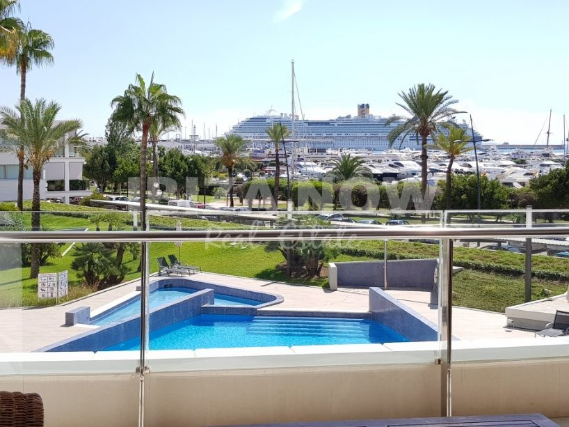 3 bedroom apartment for sale in Marina Botafoc, Ibiza.