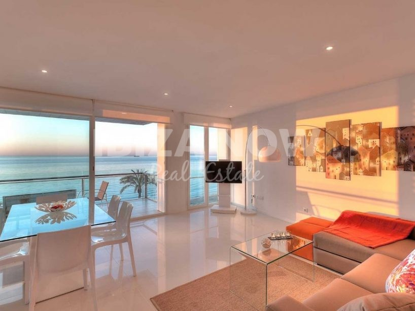 Beautiful frontline 2 bedroom apartment for sale in Playa Den Bossa, Ibiza
