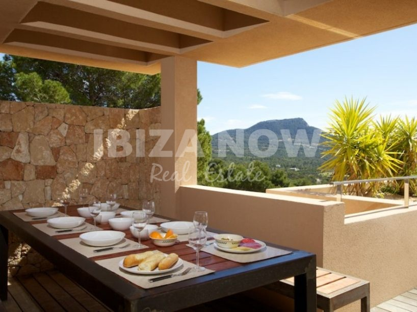 Beautiful large 4 bedroom apartment for sale in Cala Carbo, Ibiza