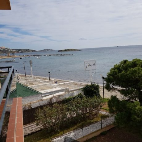 Nice 3 bedroom apartment for sale in Playa Den Bossa, Ibiza.