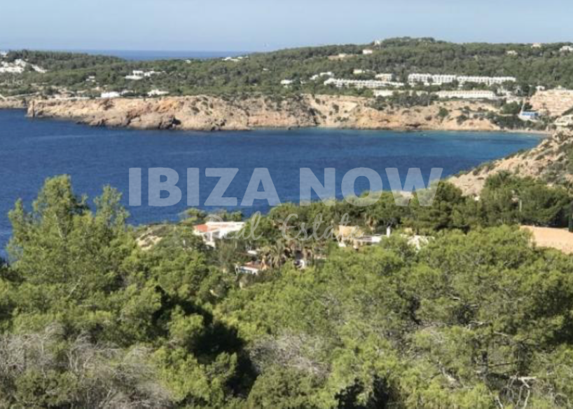 Plot with building license for sale in Cala Moli, Ibiza