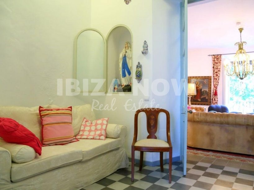Large 2 bedroom apartment for sale in the heart of Ibiza, Ibiza