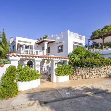 Large family house for sale close to the beach of Es Figueral, Ibiza.