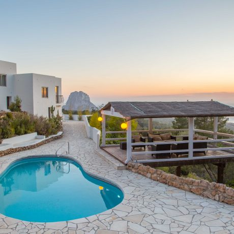 Charming Ibicenco villa in the hills of Cala D'Hort, Ibiza