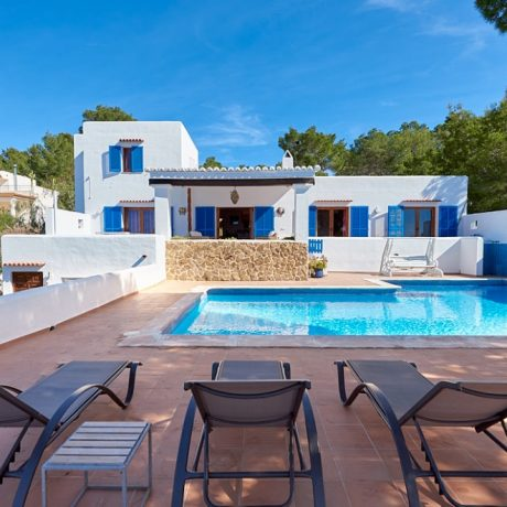 Nice 5 bedroom villa for sale close to Cala Tarida, Ibiza.