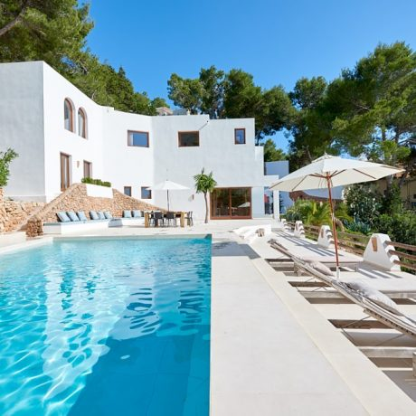 Modern villa for sale in Cala Salade, Ibiza.