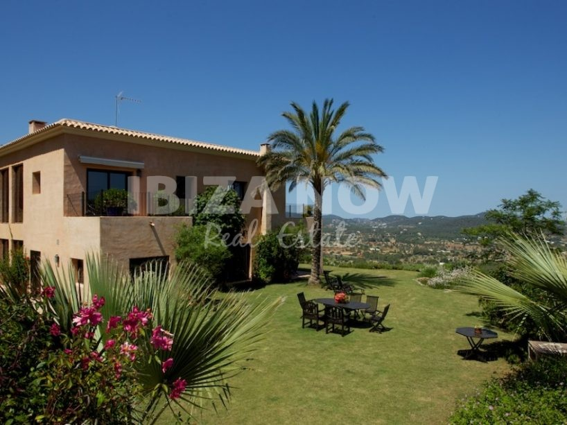 Beautiful large 7 bedroom house close to Santa Eularia, Ibiza.