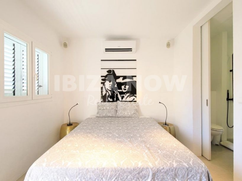 Nice 1 bedroom apartment for sale in front of Talamanca beach, Ibiza