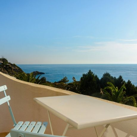 3 bedroom townhouse for sale in Cala Tarida, Ibiza.