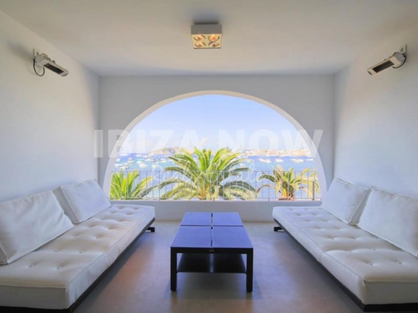 Nice 1 bedroom apartment for sale in front of Talamanca beach, Ibiza.